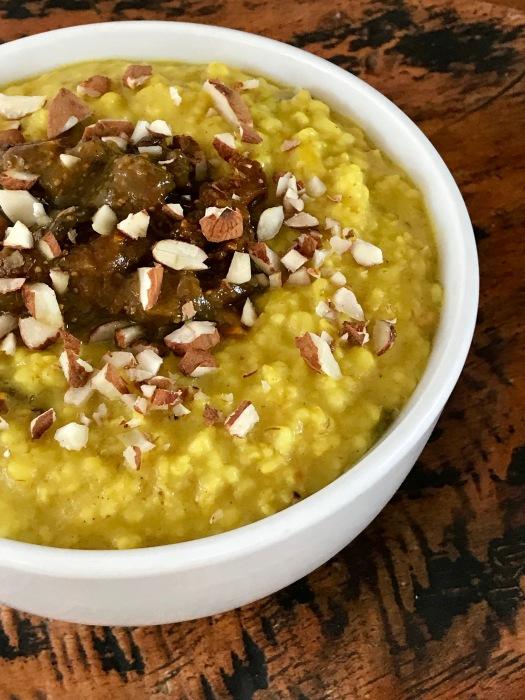 Ayurvedic_turmeric_oat_porridge.jpg