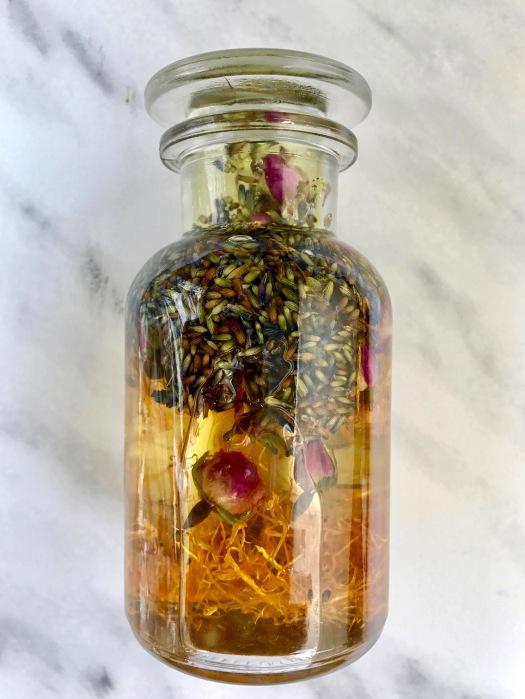 Vata_rose_massage_oil_recipe